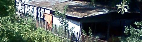 Современный забор строили на паях с соседом. 2013 год